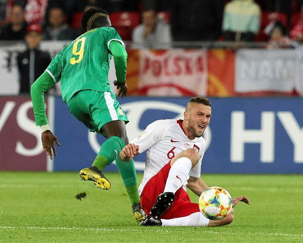 """Trener Cagliari chwali polskiego obrońcę. """"Jestem przekonany, że wszystkich was zaskoczy"""""""