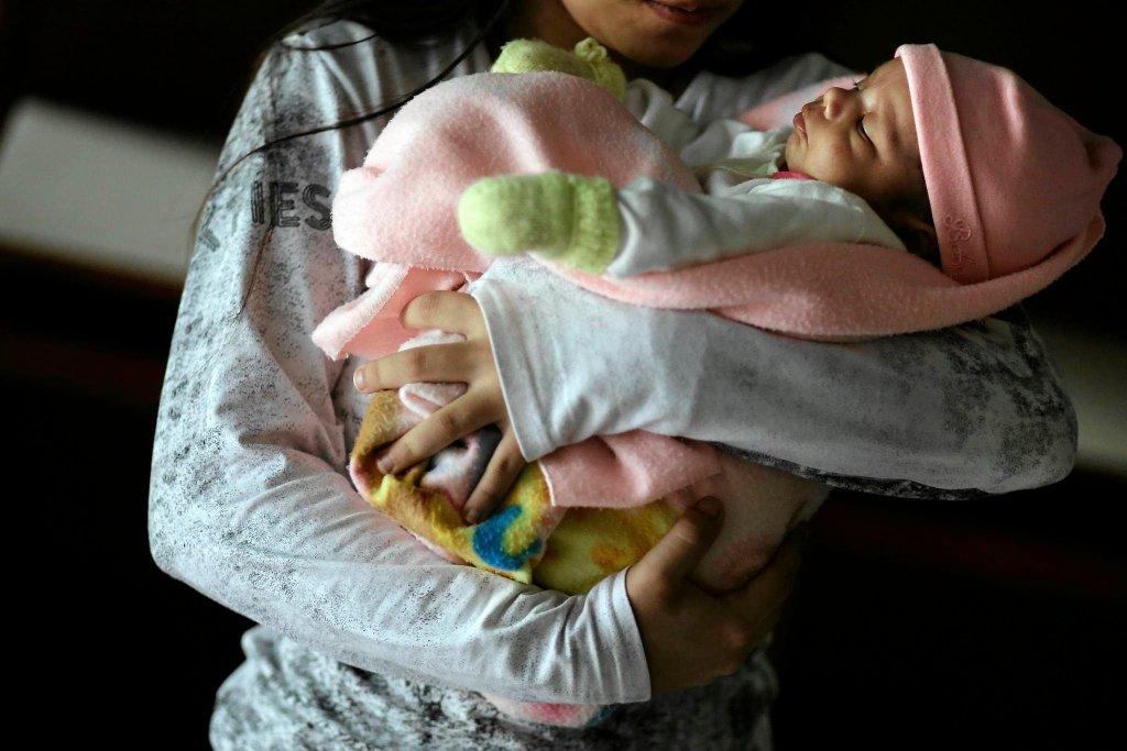 11-latka z Paragwaju urodziła córkę. Odmówiono jej aborcji