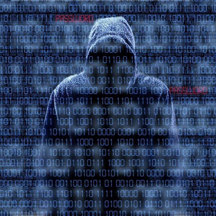 Cyberprzestępcy okradają nas, bo w sieci umieściliśmy o jedną informację za dużo
