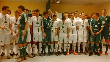 Piłkarze Stelmetu UKP Zielona Góra w nowych strojach