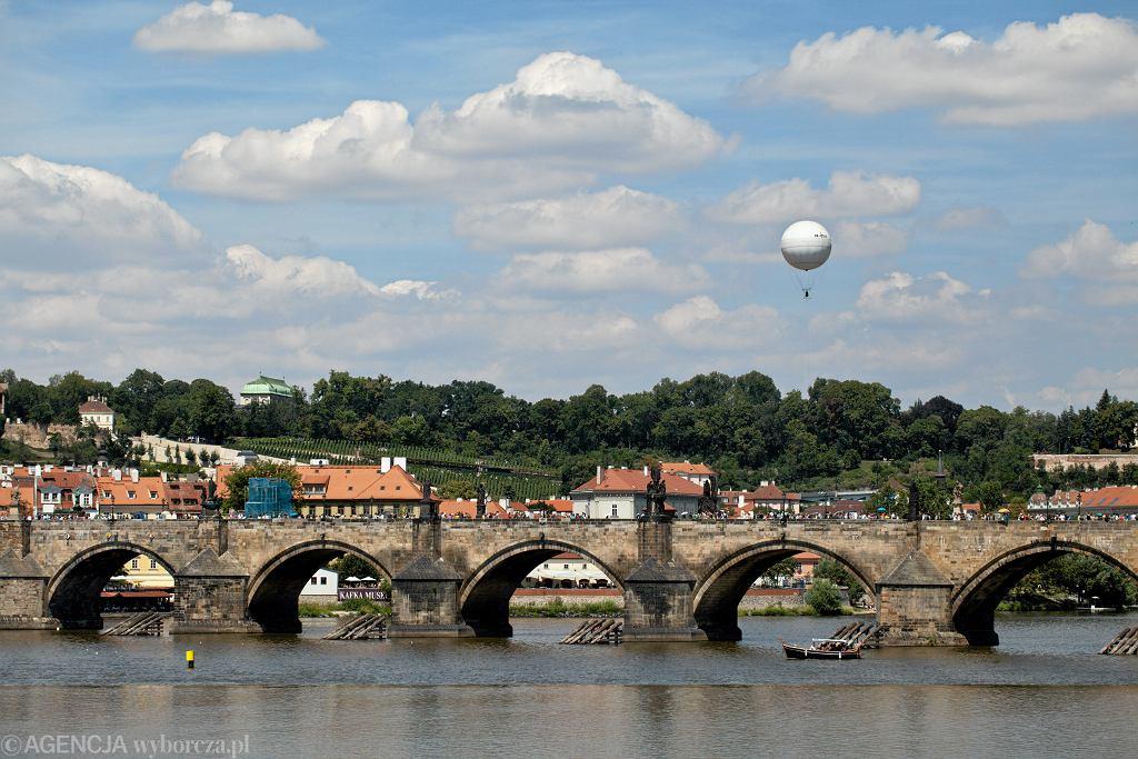 Most Karola w Czechach (zdjęcie ilustracyjne)