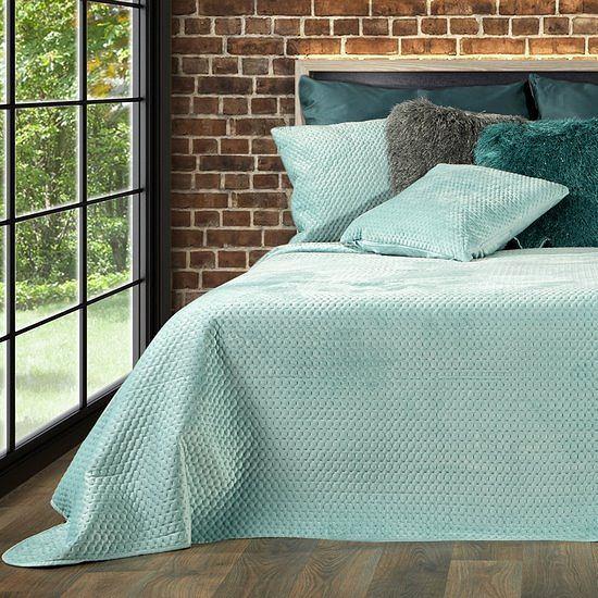 Najpiękniejsze narzuty na łóżko do każdej sypialni