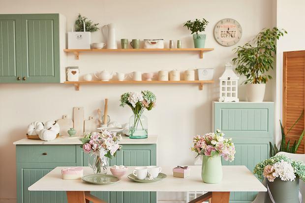 Prowansalski styl w twojej kuchni - meble z serii Prowansja idealne dla ciebie!