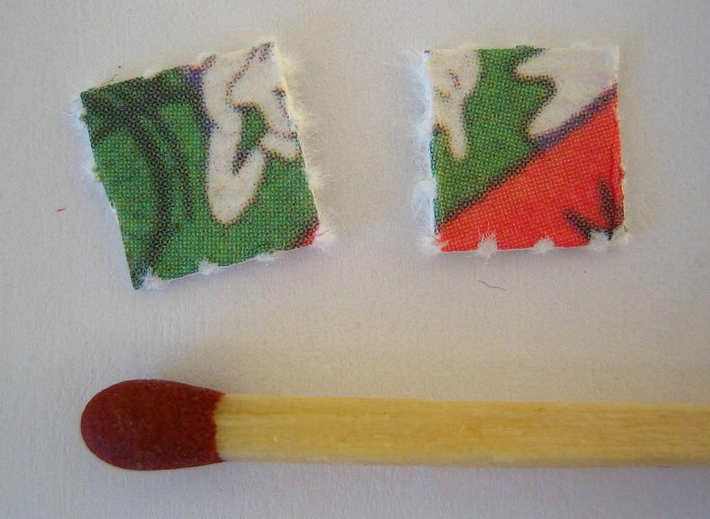 Popularna dzisiaj forma przyjmowania LSD - kartoniki (blotter) nasączone substancją