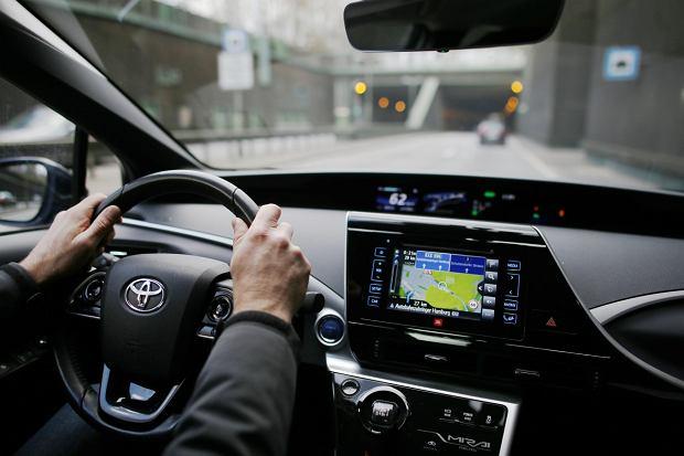 Toyota Mirai - deska rozdzielcza