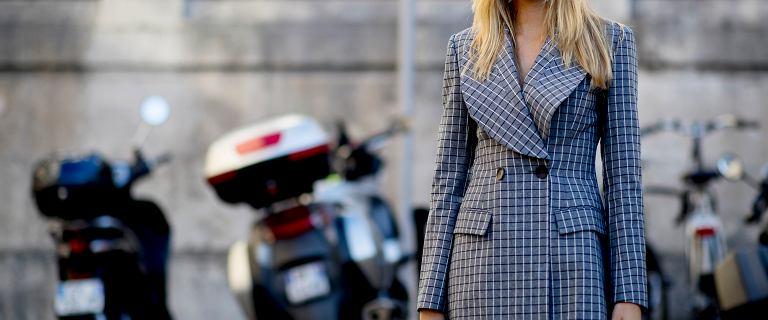 Sukienki w kratę na święta. Top 18 propozycji z sieciówek. Ceny już od 27,99 zł