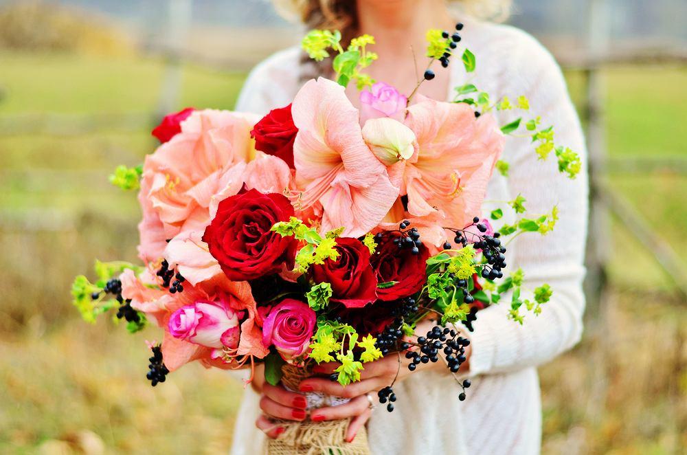 Kwiaty na imieniny. Zdjęcie ilustracyjne