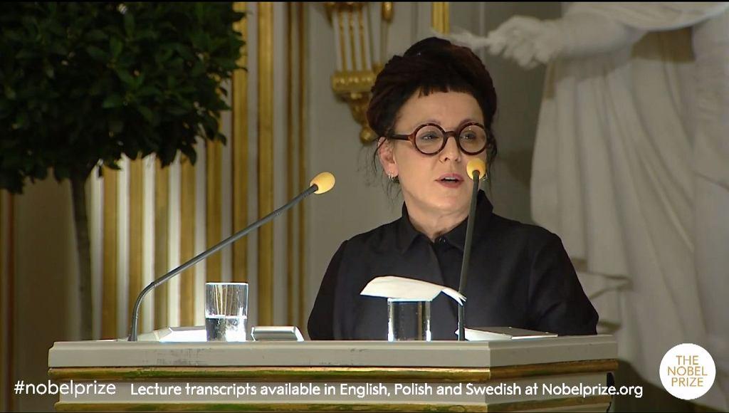 Olga Tokarczuk, laureatka literackiego Nobla 2018, podczas odczytu w Akademii Szwedzkiej