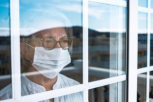 Delirium może być wczesnym symptomem COVID-19 u starszych osób