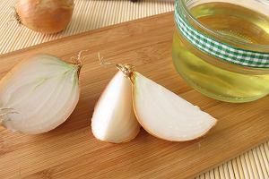 Jak zrobić samodzielnie syrop z cebuli? To proste! 2 przepisy