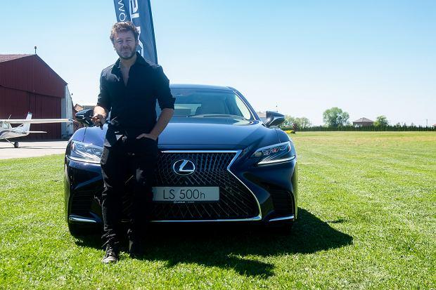 Lexus LS 500h i Andrzej Piasek Piaseczny