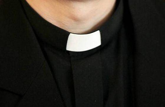 Sprawą księdza, który miał bić wychowanków, zajmie się prokuratura
