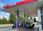 Galopada cen paliw na koniec roku. 2020 r. pozwolił jednak zaoszczędzić kierowcom