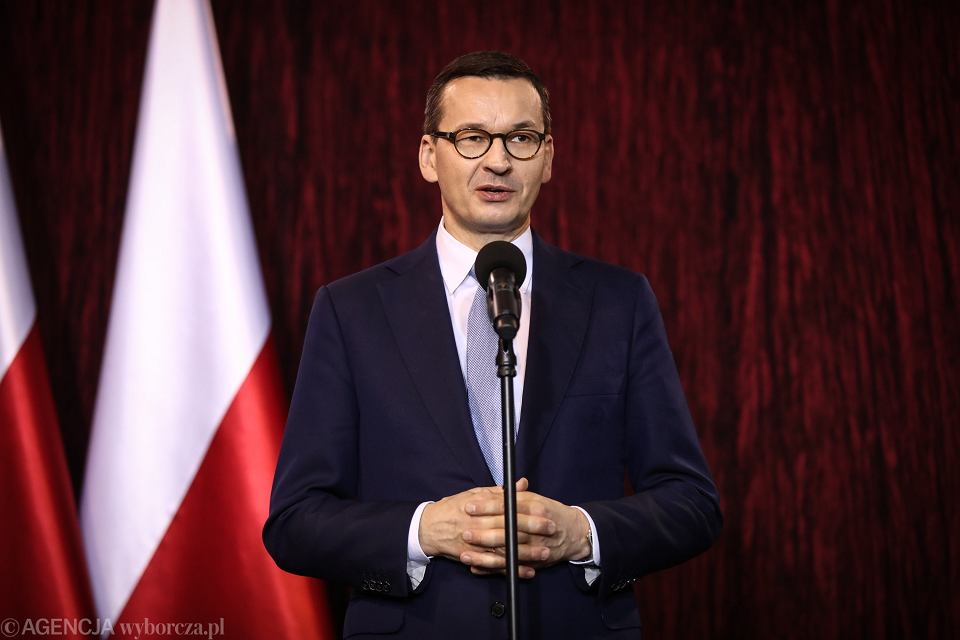 Premier Mateusz Morawiecki. Zagrożenie koronawirusem.