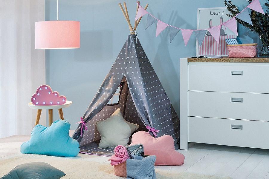 Poduszki dekoracyjne do pokoju dziecka.