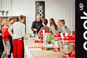 Szukasz pomysłu na lato w mieście? Wakacyjny kurs gotowania w CookUp