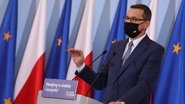 Konferencja prasowa premiera i ministra zdrowia w Warszawie