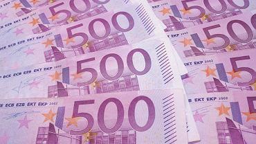 Banknoty 500 euro (zdjęcie ilustracyjne)