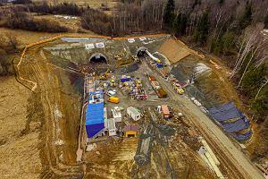 Cztery tunele na S1 pomiędzy Milówką a Przybędzą. Trudne słowa i świetne zdjęcia