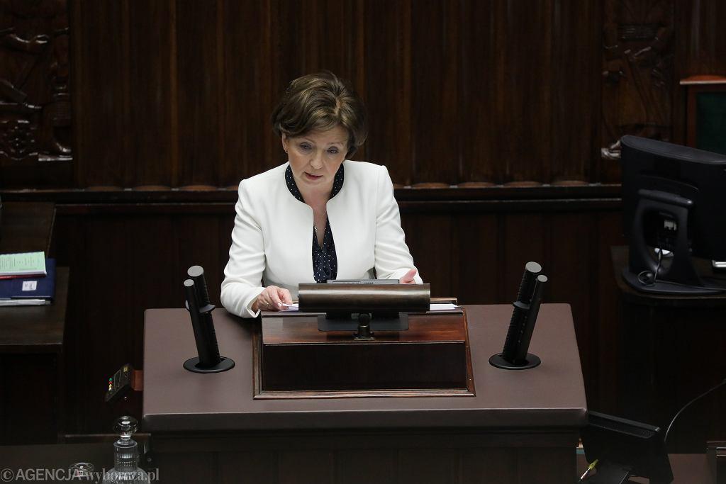 Minister Rodziny, Pracy i Polityki Społecznej Marlena Maląg potwierdziła, że zasiłek dla bezrobotnych wzrośnie do 1200 zł