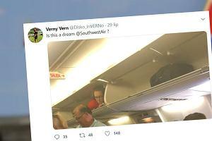Stewardessa położyła się w schowku na bagaże. Zaskoczyła pasażerów w samolocie