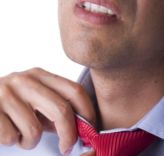 Uczucie duszności? Przyczyną może być stres, problem kardiologiczny, neurologiczny, laryngologiczny... Na pewno wymaga konsultacji lekarskiej