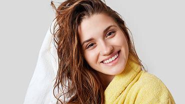 Płukanki do włosów - jakie są najlepsze?