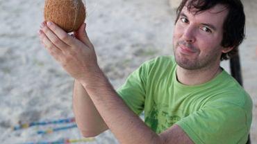 Błonnik, dobre tłuszcze, kwas foliowy: wnętrze kokosa kryje mnóstwo skarbów