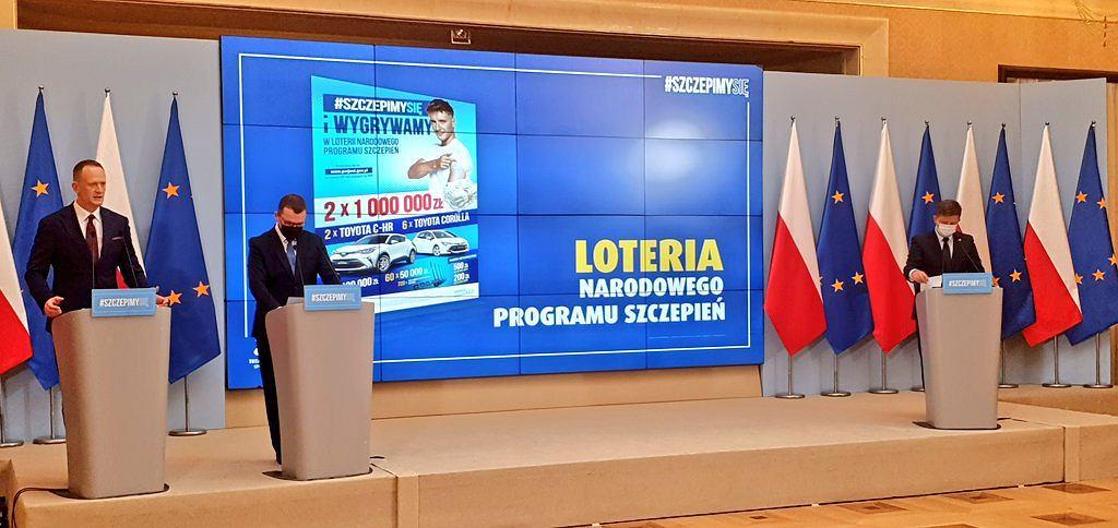 Loteria Narodowego Programu Szczepień ruszy 1 lipca. Pula nagród to aż 14 mln zł. Rząd przedstawił szczegóły