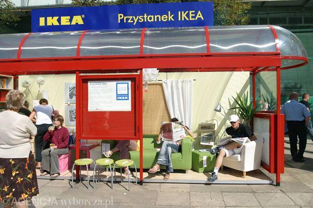 Przystanek autobusowy ADPOL-u przy ul. Marszałkowskiej