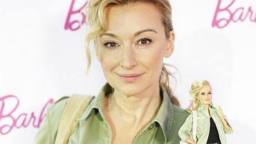 Martyna Wojciechowska pozuje z inspirowaną nią lalką Barbie