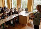 Dziecko zakaziło się koronawirusem w szkole? Rodzic może wystąpić o odszkodowanie