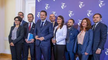 Prezydent Warszawy Rafał Trzaskowski i wiceprezydenci