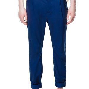 Spodnie z kolekcji Zara. Cena: 199 zł