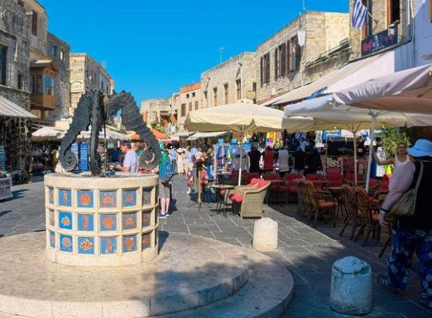 Plac Żydowskich Męczenników w mieście Rodos