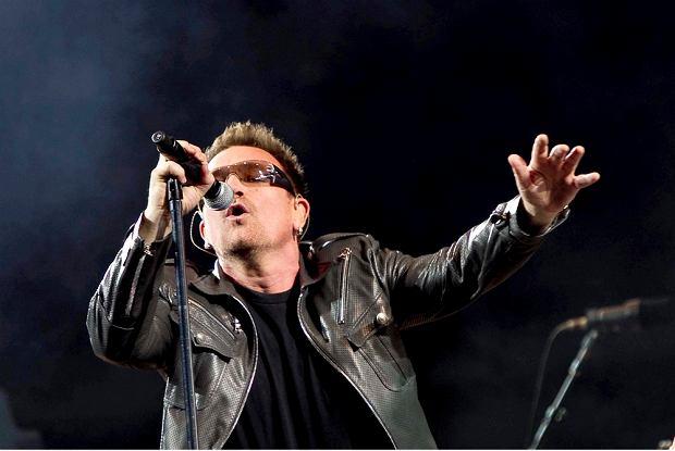 Irlandzki zespół rockowy U2 znalazł się na czele listy zespołów bądź solowych artystów, którzy na swoich trasach koncertowych zarobili najwięcej.