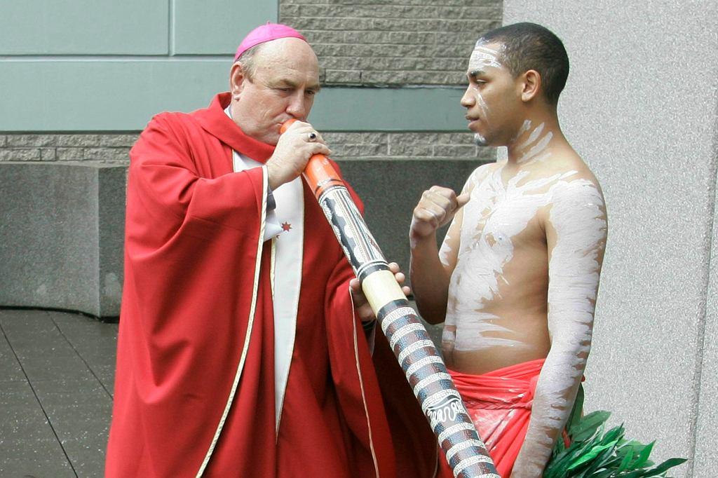 Biskup Christopher Saunders