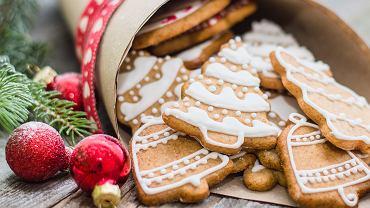 Ciasteczka świąteczne to doskonały pomysł na zaangażowanie najbliższych we wspólne przygotowanie potraw na Boże Narodzenie