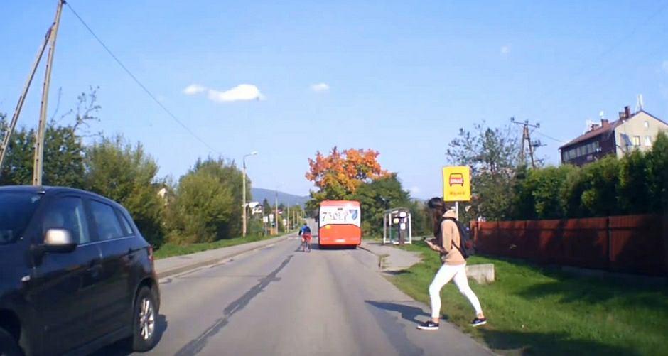 Kadr z nagrania z kamerki samochodowej