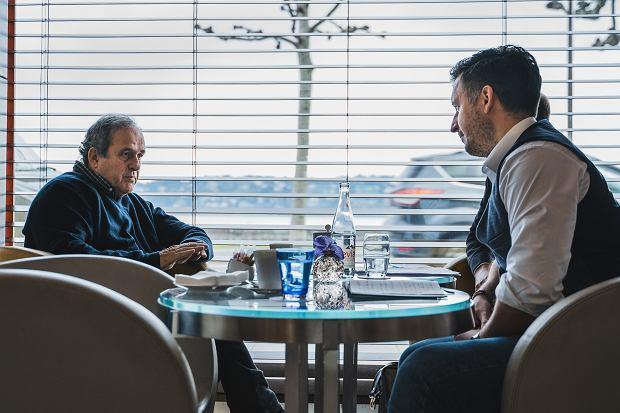 Michel Platini w trakcie wywiadu z Tomaszem Włodarczykiem