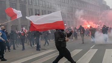 Warszawa. Ratusz podsumował koszty usuwania szkód po marszu narodowców