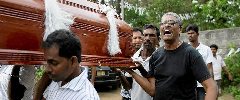 Bilans ofiar zamachów na Sri Lance wzrósł do 359 osób