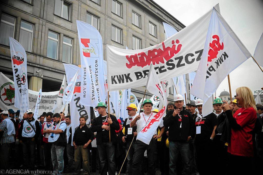 Protest związków zawodowych w Warszawie