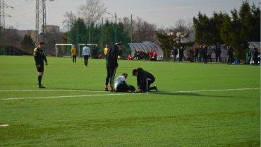 Rossi Leandro opuścił boisko z powodu kontuzji