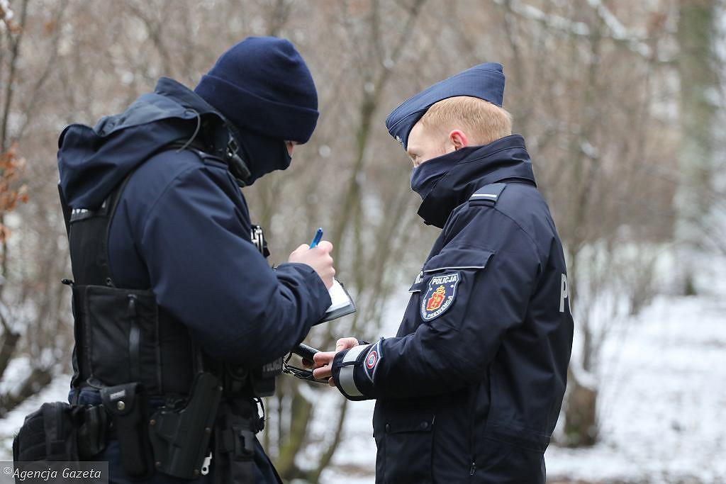 Policja wystawiła prawie 4 tys. mandatów za brak maseczki w Wielkanoc
