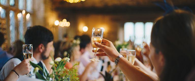 Ministerstwo Zdrowia: Zmniejszy się liczba uczestników wesel