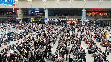 265 milionów podróży w długi weekend. W majówkę Chińczycy zapomnieli o koronawirusie