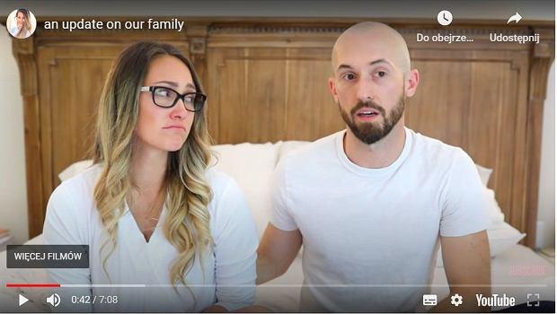 Myka Stauffer oddała do adopcji czteroletniego syna. Biuro szeryfa rozpoczęło śledztwo, będą przesłuchiwane inne dzieci pary