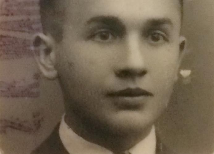 Dziadek Lucjan (1915-65) na zdjęciu maturalnym