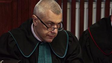 """Roman Giertych wygrał w piątek sprawę w Sądzie Najwyższym o wulgarne i nienawistne wpisy o nim na stronie internetowej tabloidu """"Fakt"""""""
